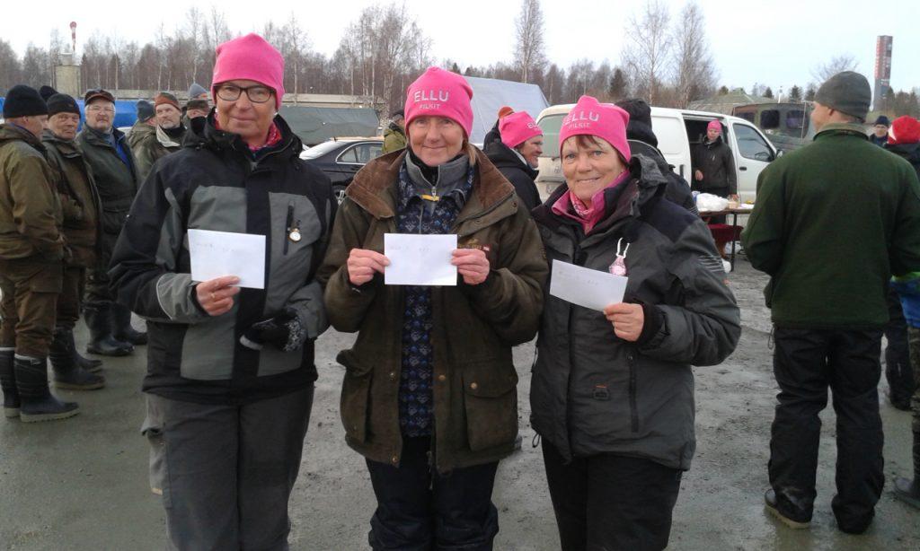 Ellulle kolmois voitto naisissa Keminmaan venesataman pilkeissä.Onnittelut! 2.Raili 1.Raija 3.Helinä